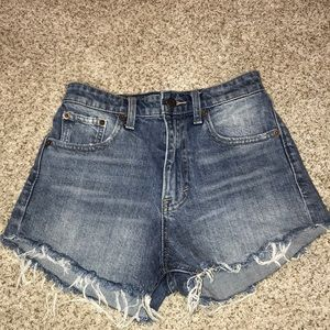 Lucky brand jean shorts. Size 00.